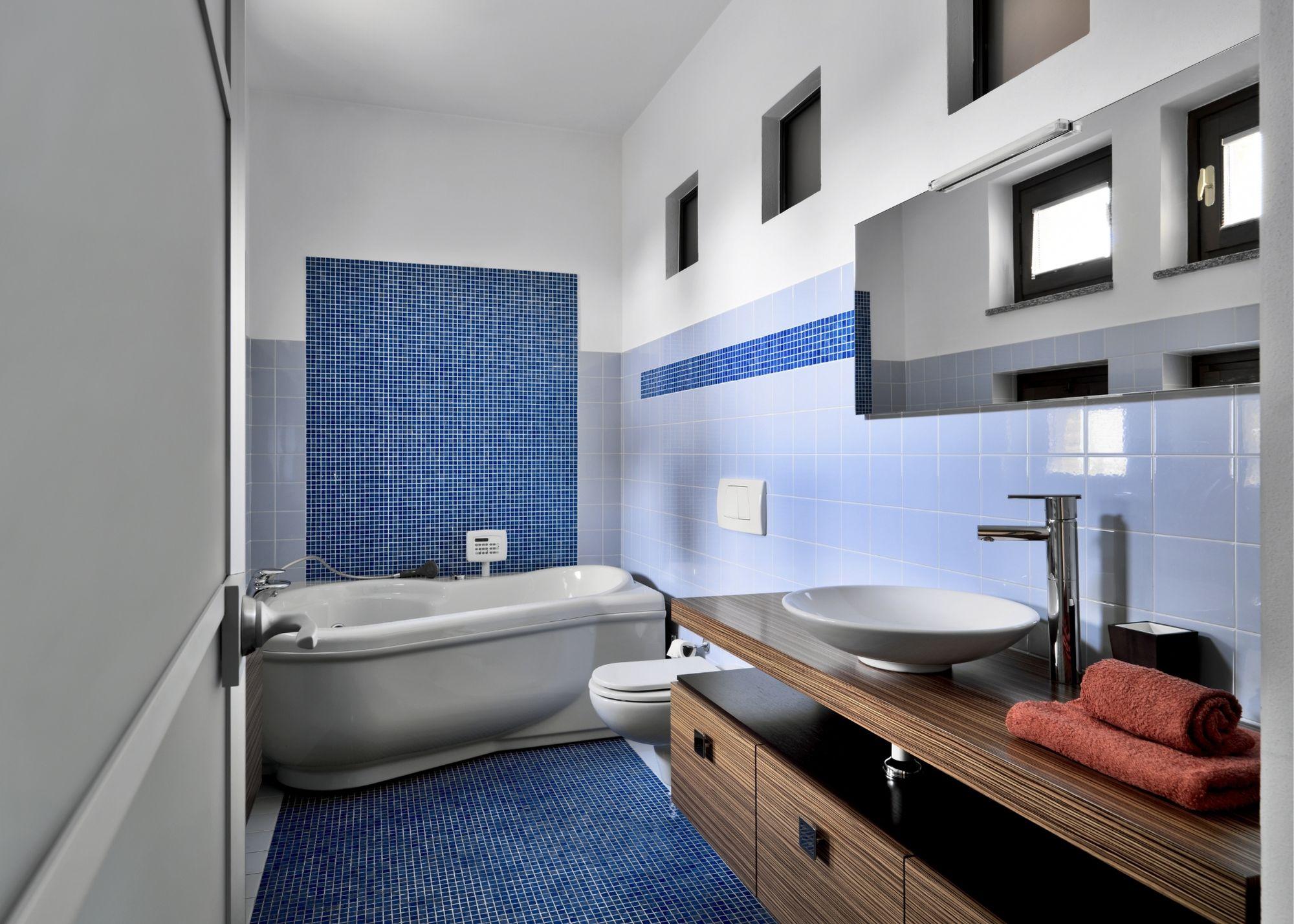 tampa bathroom remodel